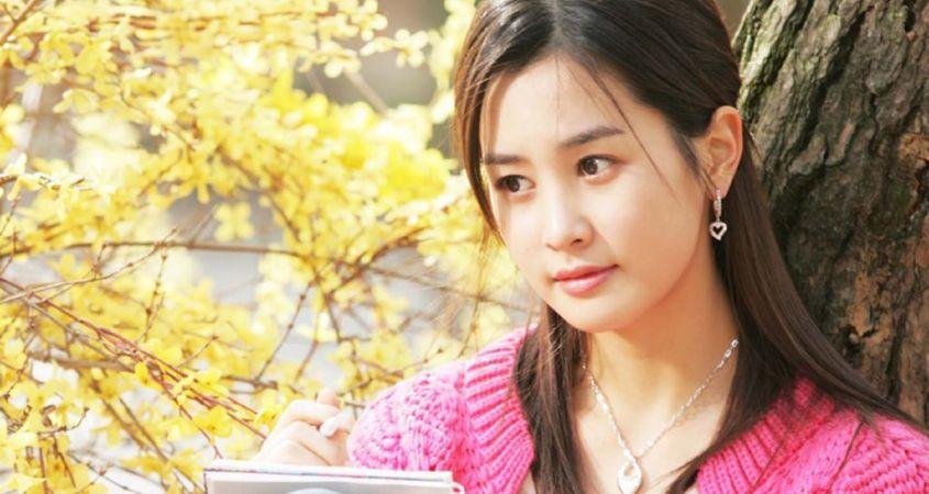 Korean-Beautiful-and-Cute-Girls-Wallpapers