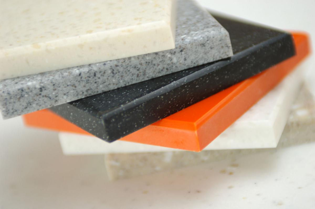đá công nghiệp làm mặt bàn bếp